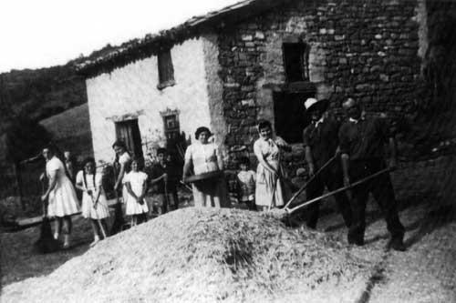 Los de Diego aventando en Peñeta