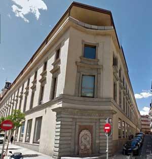 Las antiguas escuelas de San Antón, reconvertidas en prisión, fueron el lugar donde Justino cumplió condena. Hoy en día el edificio está siendo rehabilitado.