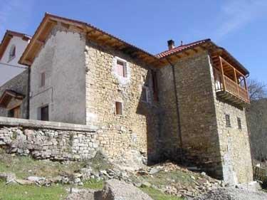 Casa Xoko, poco antes de quemarse (Foto: Xabier de Zerio, 2004)