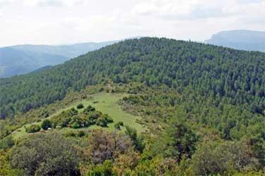 Vista parcial de Odieta, con el collado donde está la borda de Landarna (Foto: www.mendikat.com)